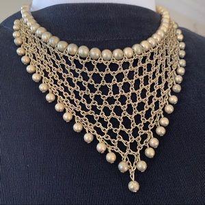 🎉5/20 SALE🎉 gold tone chain bib necklace